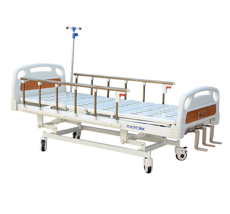 YA-M3-1 Manual Adjustable 3 Crank Hospital Type Bed